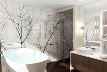 Trä / Vackra badrum med inslag av trä och naturmaterial.