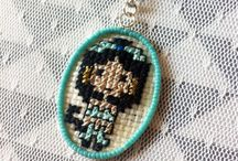 Cross Stitch / Bijoux en point de croix