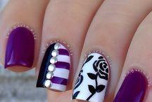 nails vintage
