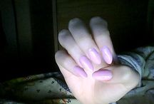 almoust pink nails