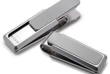 M Clip at Kleinhenz Jewelers / It all began with a desire to create the finest, most functional money clip you could buy. After almost ten years the products  don't just work great, but look good as well.Their money clip's patented sliding lever design has become what they are best known for. Like us, they are a family run business that is based in Savannah,GA.  Stop in today at Kleinhenz Jewelers to see the great money clips.  440.892.1020