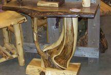 Meja kayu unik