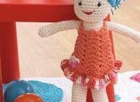 Cute crochet barbie's dresses and hats
