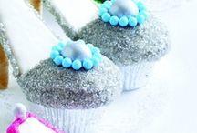 cupcakes / by Deborah Bender
