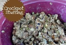 Crockpot Recipes / Toss a few things into the crockpot, and let dinner take care of itself. / by Erin Huffstetler