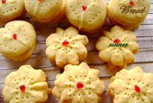 Christmas Cookies / Because it's necessary - ideas for cookie exchange cookies. Beware! I have a cookie press that needs to be used! / by Julianne Weight