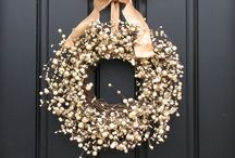 Crafts -Wreaths / by Anna Brennan