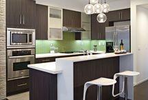 Interiors // Kitchen / Love these modern kitchens!