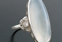 Moonstone / Moonstone Rings & Jewelry