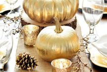 Moore: Glam Fall / Are the muted browns and oranges of autumn not for you? Then this fabulous fall board definitely is. Be inspired by the glitter, metallic, and blinged-out decor of the season.