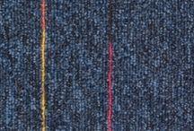 Mocheta dale trafic intens - Sky Neon Sintelon / Sky Neon este o mocheta dale trafic intens, eficienta, simpatica, durabila, si in acelasi timp o solutie practica pentru podea. Colectia contine 4 modele: albastru, bej, gri deschis si gri inchis, cu o infuzie de dungi fine colorate, ce reprezinta pata de culoare din decor. Toate dalele au aceasi dimnsiune, 50X50 cm, si pot fi combinate cu alte modele din alte colectii. Mocheta dale se monteaza prin lipire, cu adeziv de contact.