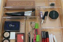 Organizing - make up