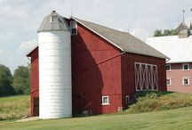farms and old tractors / by Doug Ghering