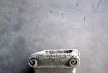 betony na ściany / Tynki dekoracyjne imitujące beton architektoniczny. / Decorative plaster imitating architectural concrete.
