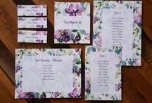 dodatki weselne / ► winietki ► menu ► etykiety ► słodki bufet ► tablice rozmieszczenia gości ► numery stołów ► pudełeczka