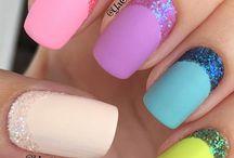 Regenbogen-nagel-kunst