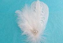 accessoires de cheveux en plumes (Fascinators)