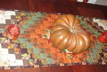 Fall & Thanksgiving Quilt Projects / Quilt Projects for the fall and/or Thanksgiving
