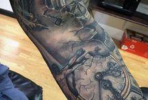 Mezza manica tatuaggi