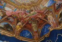 Fondazione Cassa di Risparmio Cariperugia Arte / L'impegno principale della Fondazione Cariperugia Arte è indirizzato verso l'organizzazione di iniziative culturali all'interno degli spazi di cui dispone attualmente la Fondazione cassa di Risparmio di Perugia: Palazzo Baldeschi al Corso e la sala Lippi a Perugia, Palazzo Bonacquisti ad Assisi, le Logge dei Tiratori a Gubbio.