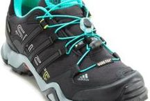 Vegan Hiking Shoes / Where to find #vegan low top hiking shoes. I've checked on each of these shoes with the manufacturer to make sure there are no hidden animal products.