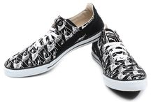Printed Shoes / Print is the flavor of the season. Get your Printed shoes from snapdeal.com & rock on!