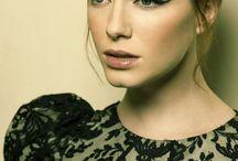 Make up is my art <3 / by Elle Mitanj