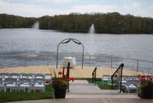 Outdoor Wedding at Lakeview Spa Wedding Pier / Outdoor Wedding at Lakeview Spa Wedding Pier.