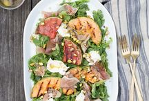 Salad Recipes / Best Salad Recipes made with real, fresh seasonal ingredients! Healthy salad recipes for every season! Delicious and easy salad recipes for lunch, picnic, barbecue or dinner. #saladrecipes #salads #saladsforparties #saladdressingrecipes