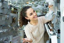 Sei Fantastici Vantaggi Delle Luci LED / Utilizziamo da sempre bulbi a incandescenza, negli ultimi tempi però sempre più persone li sostituiscono con lampade LED. I vantaggi sono molti sia a livello di costi, durata e efficienza.