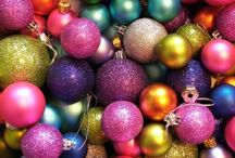 Christmas / Pinterest Christmas Ideas! Christmas Holiday Decorating Ideas,  Holiday Centerpieces, Mantel decorating, and more brightboldbeautiful.com/christmas / by Laura Trevey