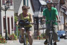 Cycling in Alsace / 2,500 km of cycle track in #Alsace. All #cycling fans will find something to satisfy their passion. 2500 km de #piste en Alsace Tous les amateurs de #randonnée cycliste trouveront de quoi satisfaire leur passion.