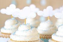 Dans les Nuages.. Faire part, Baby Shower, Baby / Inspiration Faire part, Baby shower, photo de bébé la tete dans les nuages. Clouds space fly