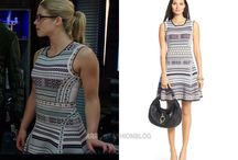 Felicity Smoak Fashion