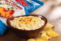 Loaded baked potato dip / by Mary Ellen Collier