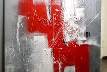 Grå og rød maleri
