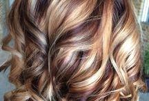 Haare färben und stylen