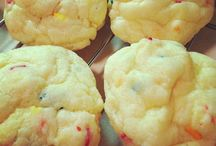 Dessert Recipes - Cookies / by Diana M
