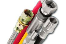 Hydraulic Hose For Air Conditioning / Our wide range of hose products enables us to provide same day service. We supply only the leading brands in Air conditioning hose products, companies that have a proven name over the years.