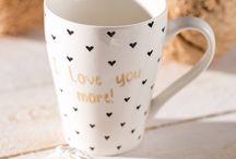 Happy Valentine's! / Ist das nicht schön? Schon naht die Freude auf den Feiertag, an dem man seinem Liebsten einmal mehr zeigen kann, wie gern man ihn hat. Und auch für Singles ist das die perfekte Gelegenheit, sich selbst etwas Gutes zu tun  ♥ ♥ ♥