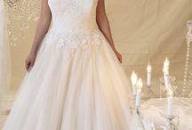 Fuller Figure Bridal at Brides Visited Surrey