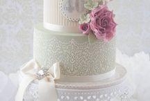 lace & stencil cake