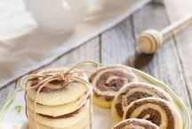 Biscotti & Pasticcini / Qui raccolgo tutti i miei biscotti e la piccola pasticceria
