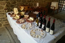 Wine and cheese tasting at Le Santucce / Wine and cheese tasting organised on request for the guests of RESIDENCE LE SANTUCCE in Castiglion Fiorentino !