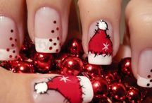 Christmas Nails / by Lindsey Benage