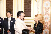 Adnan Oktar Sait Halim Paşa yalısında 8 Mart Kadınlar gününü sevenleriyle bir araya gelerek kutladı