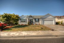 2104 North East 83rd Street Vancouver, WA / Beautiful home with vaulted ceilings, back padio, and a sparkling clean interior. This property has been sold, but if you are looking for a home to buy or have a home you would like to sell, please don't hesitate to contact our office at (360)989-3390 and one of our agents will be more than happy to assist you or answer any questions you may have. #VancouverWA #HomesForSale #FrontDoorRealty #FrontDoorNW #Felida #Lakeshore