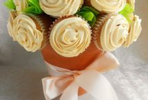 cupcakes / by Rebecca Billingham