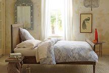 Camas para soñar bonito / En estas camas, quien no sueña cosas buenas?  / by MaPi De Llata