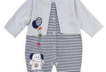 Bebek giyimi